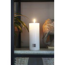 Rustic Candle frosted white 7x18